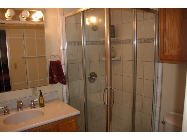 Photo 6: Photos: LA MESA House for sale : 3 bedrooms : 6315 Meadowcrest Drive