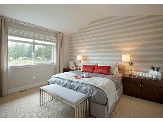 Photo 3: Photos: 17326 1 Avenue in Surrey: Pacific Douglas House for sale : MLS®# F1301262