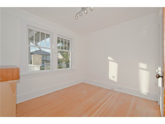 Photo 7: Photos: 1699 E 21ST Avenue in Vancouver: Knight House for sale (Vancouver East)  : MLS®# V1039025