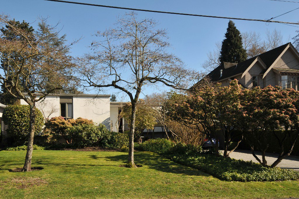 Main Photo: 6110 OLYMPIC Street in Vancouver: Southlands House for sale (Vancouver West)  : MLS®# V1052336