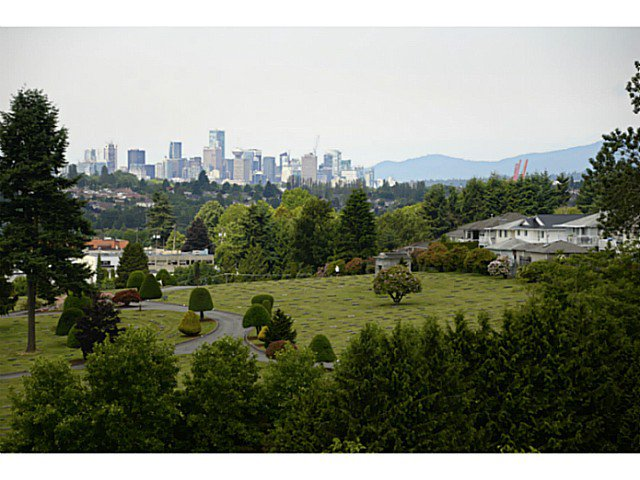 "Main Photo: 1008 4425 HALIFAX Street in Burnaby: Brentwood Park Condo for sale in ""POLARIS"" (Burnaby North)  : MLS®# V1070564"