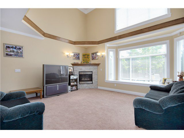 """Photo 8: Photos: 15322 57TH Avenue in Surrey: Sullivan Station House for sale in """"SULLIVAN STATION"""" : MLS®# F1440119"""