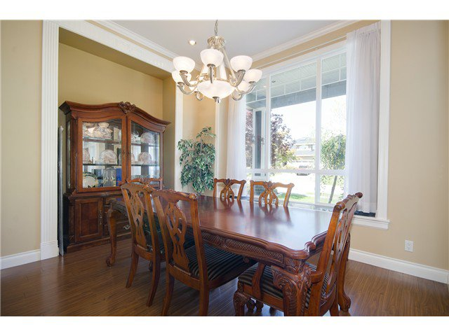"""Photo 6: Photos: 15322 57TH Avenue in Surrey: Sullivan Station House for sale in """"SULLIVAN STATION"""" : MLS®# F1440119"""