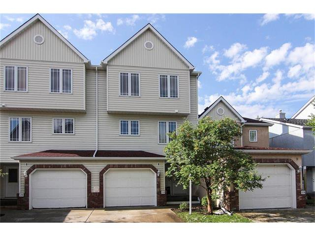 Main Photo: 124 INGLEWOOD Cove SE in Calgary: Inglewood House for sale : MLS®# C4024645