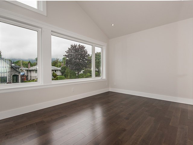 Photo 18: Photos: 337 W 17TH Street in North Vancouver: Central Lonsdale Home for sale ()  : MLS®# V1031838