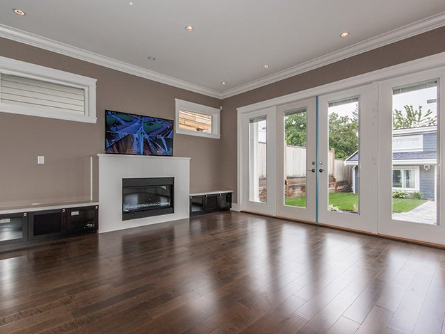 Photo 9: Photos: 337 W 17TH Street in North Vancouver: Central Lonsdale Home for sale ()  : MLS®# V1031838