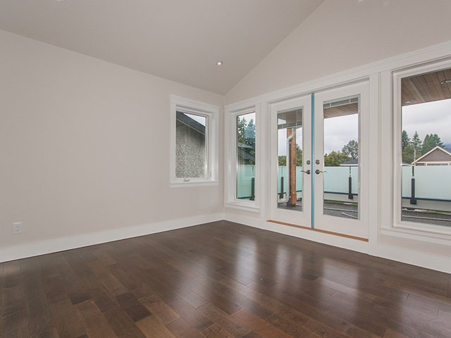 Photo 16: Photos: 337 W 17TH Street in North Vancouver: Central Lonsdale Home for sale ()  : MLS®# V1031838
