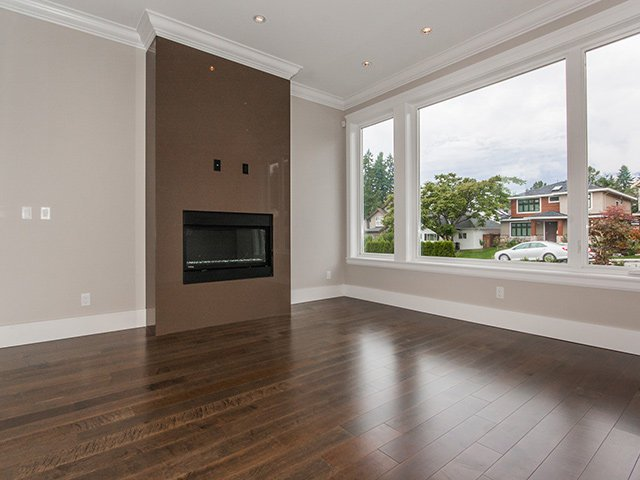 Photo 5: Photos: 337 W 17TH Street in North Vancouver: Central Lonsdale Home for sale ()  : MLS®# V1031838
