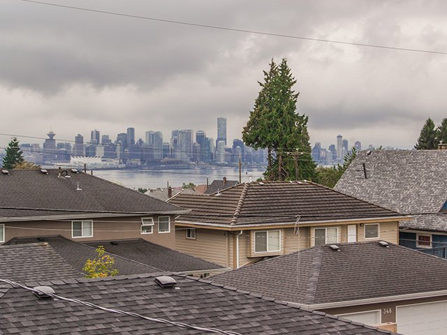 Photo 13: Photos: 337 W 17TH Street in North Vancouver: Central Lonsdale Home for sale ()  : MLS®# V1031838