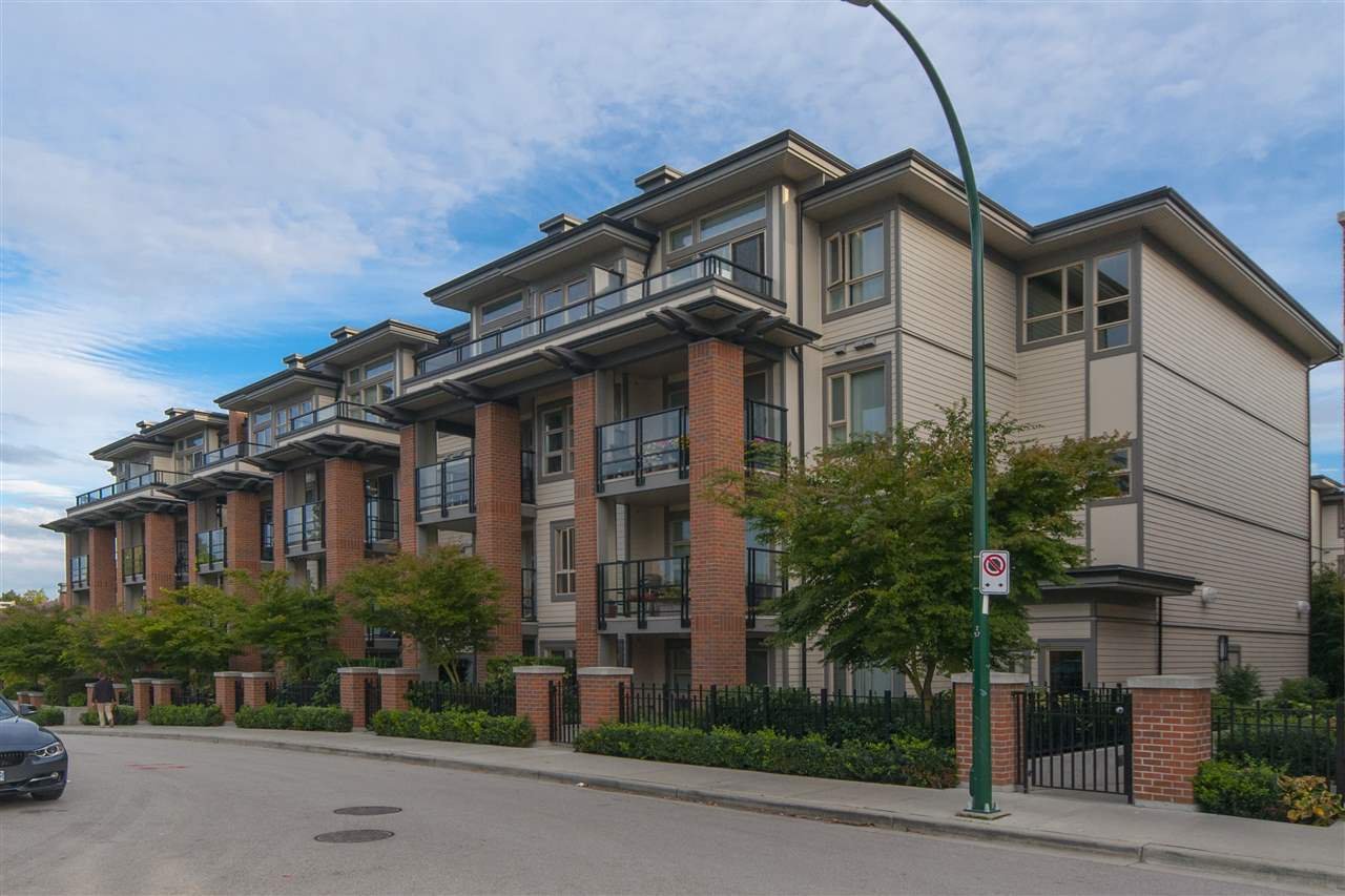 "Main Photo: 423 738 E 29TH Avenue in Vancouver: Fraser VE Condo for sale in ""Century"" (Vancouver East)  : MLS®# R2003951"