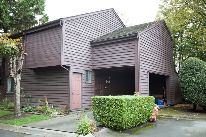 """Main Photo: 95 6880 LUCAS Road in Richmond: Woodwards Townhouse for sale in """"TIMBERWOOD VILLAGE"""" : MLS®# R2007440"""