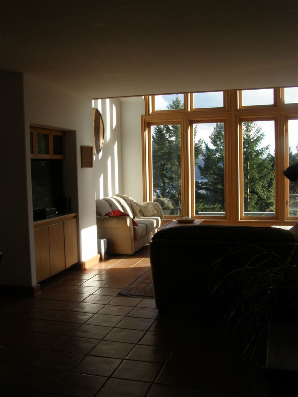 """Photo 8: Photos: 342 CREEK Road: Bowen Island House for sale in """"EAGLE CLIFF"""" : MLS®# R2025478"""