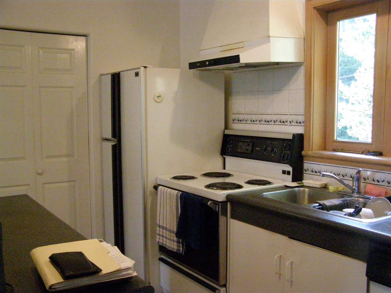 """Photo 11: Photos: 342 CREEK Road: Bowen Island House for sale in """"EAGLE CLIFF"""" : MLS®# R2025478"""