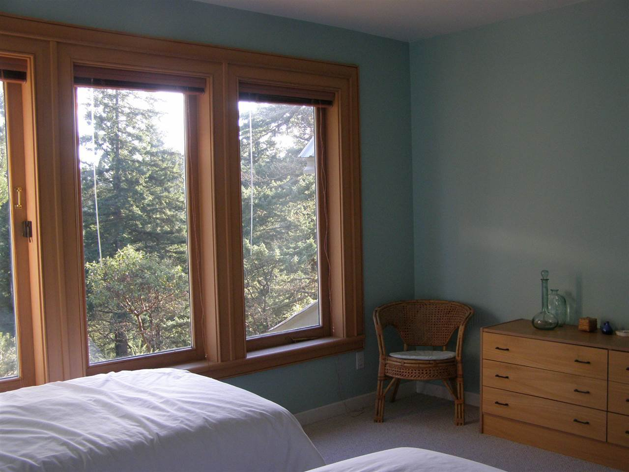"""Photo 13: Photos: 342 CREEK Road: Bowen Island House for sale in """"EAGLE CLIFF"""" : MLS®# R2025478"""