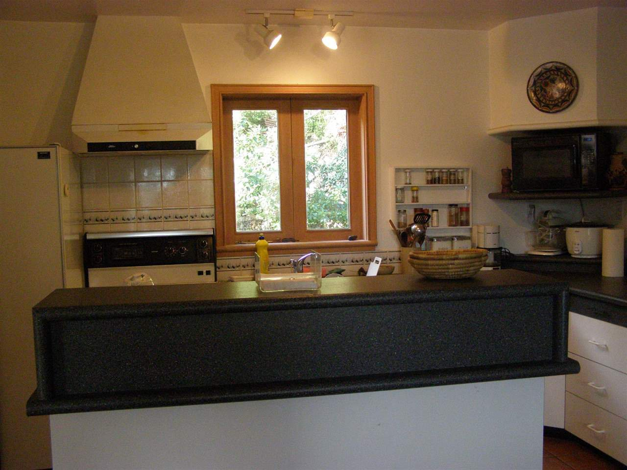 """Photo 10: Photos: 342 CREEK Road: Bowen Island House for sale in """"EAGLE CLIFF"""" : MLS®# R2025478"""