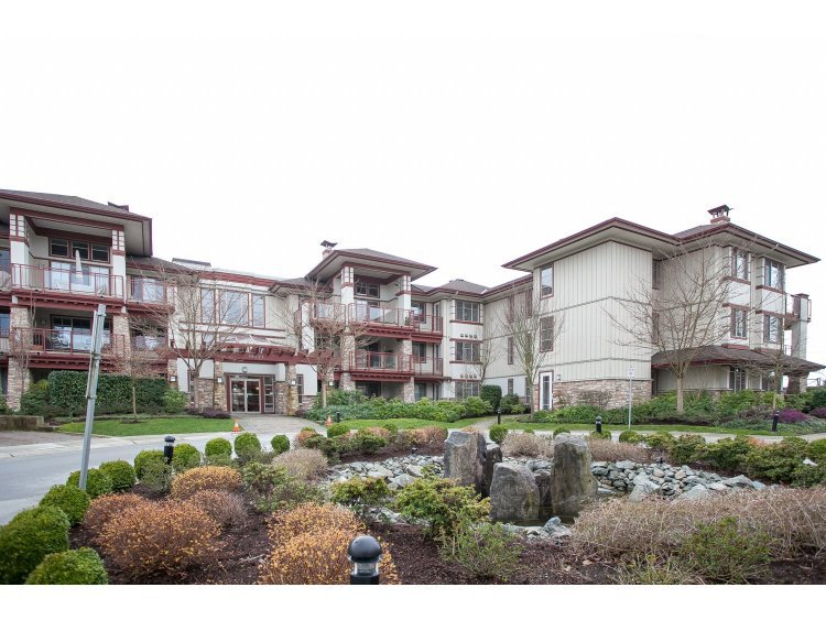 "Main Photo: 208 16421 64 Avenue in Surrey: Cloverdale BC Condo for sale in ""St. Andrews at Northview"" (Cloverdale)  : MLS®# R2041452"