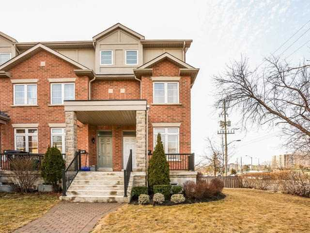 Main Photo: 21 B Hobden Place in Toronto: Willowridge-Martingrove-Richview House (3-Storey) for sale (Toronto W09)  : MLS®# W3435013