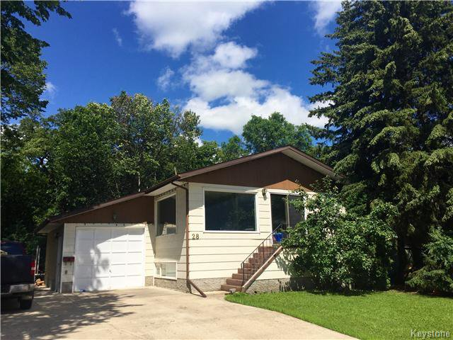 Main Photo: 28 TUXEDO Drive in Dauphin: Manitoba Other Residential for sale : MLS®# 1612789