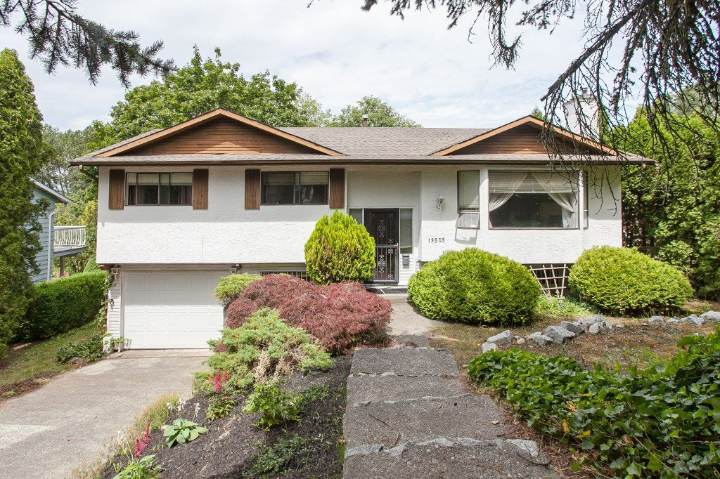 Main Photo: Videos: 13505 CRESTVIEW Drive in Surrey: Bolivar Heights House for sale (North Surrey)  : MLS®# R2084009