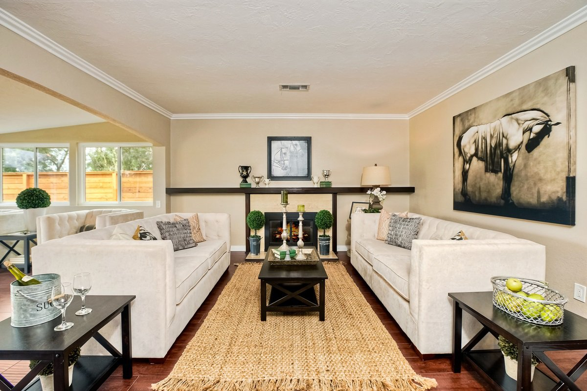 Main Photo: RANCHO BERNARDO House for sale : 4 bedrooms : 18189 Verano Dr in San Diego