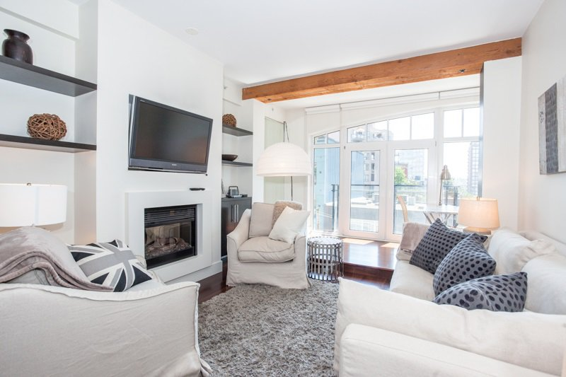 Photo 6: Photos: 408 1275 HAMILTON STREET in Vancouver: Yaletown Condo for sale (Vancouver West)  : MLS®# R2184134