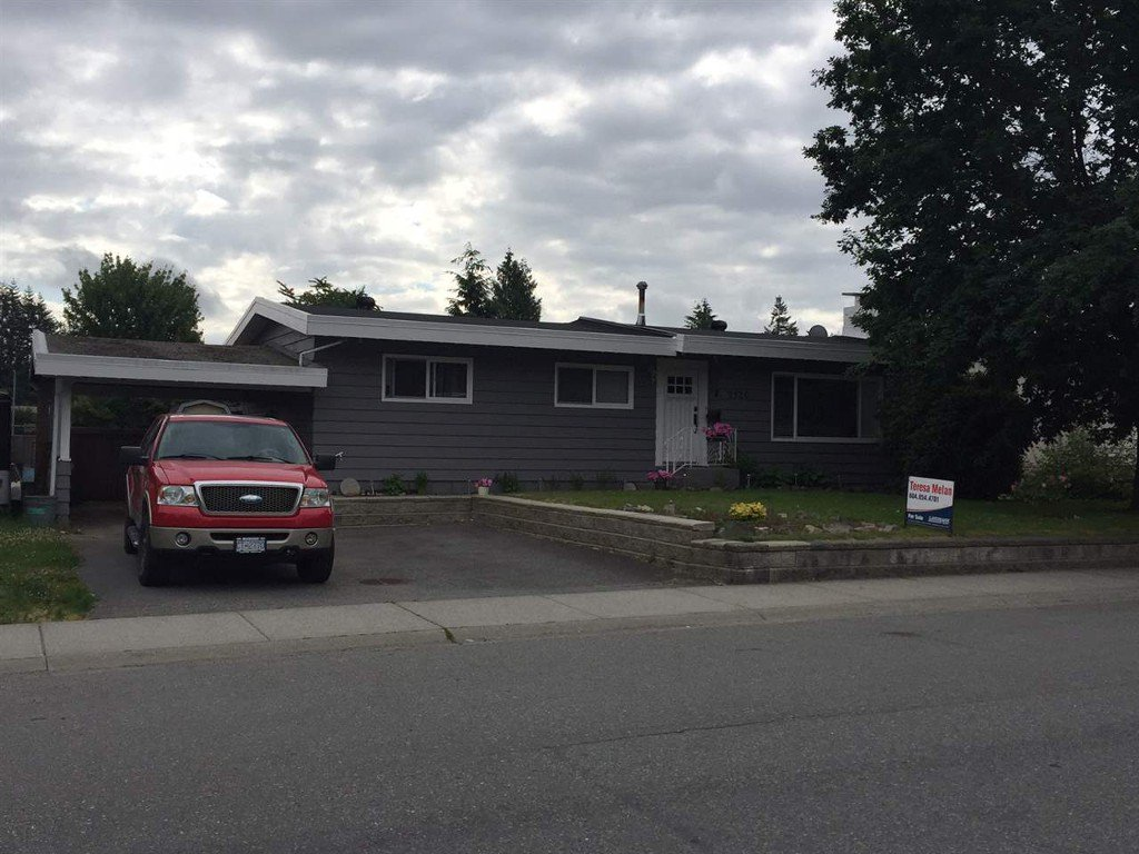 Main Photo: 2126 Primrose St in Abbotsford: Central Abbotsford House for rent