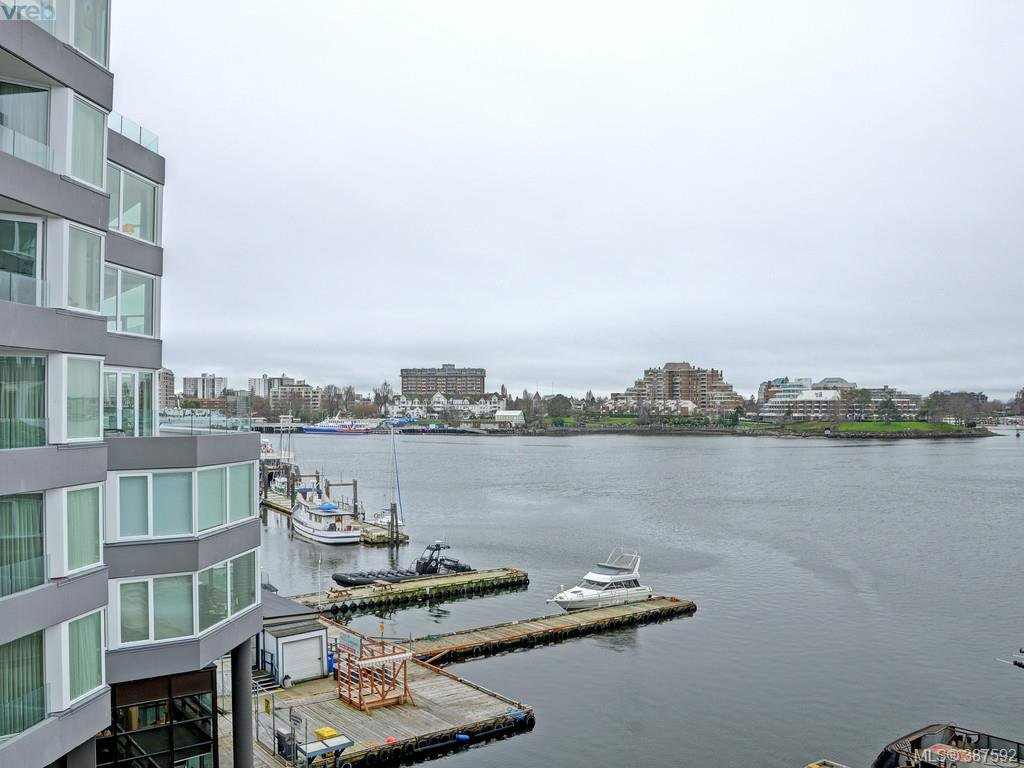Main Photo: 302 1234 Wharf St in VICTORIA: Vi Downtown Condo for sale (Victoria)  : MLS®# 778894