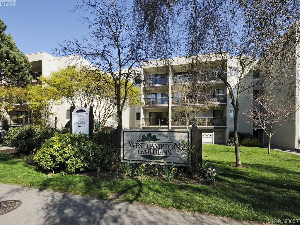 Main Photo: 409 2747 Quadra St in VICTORIA: Vi Hillside Condo Apartment for sale (Victoria)  : MLS®# 779778