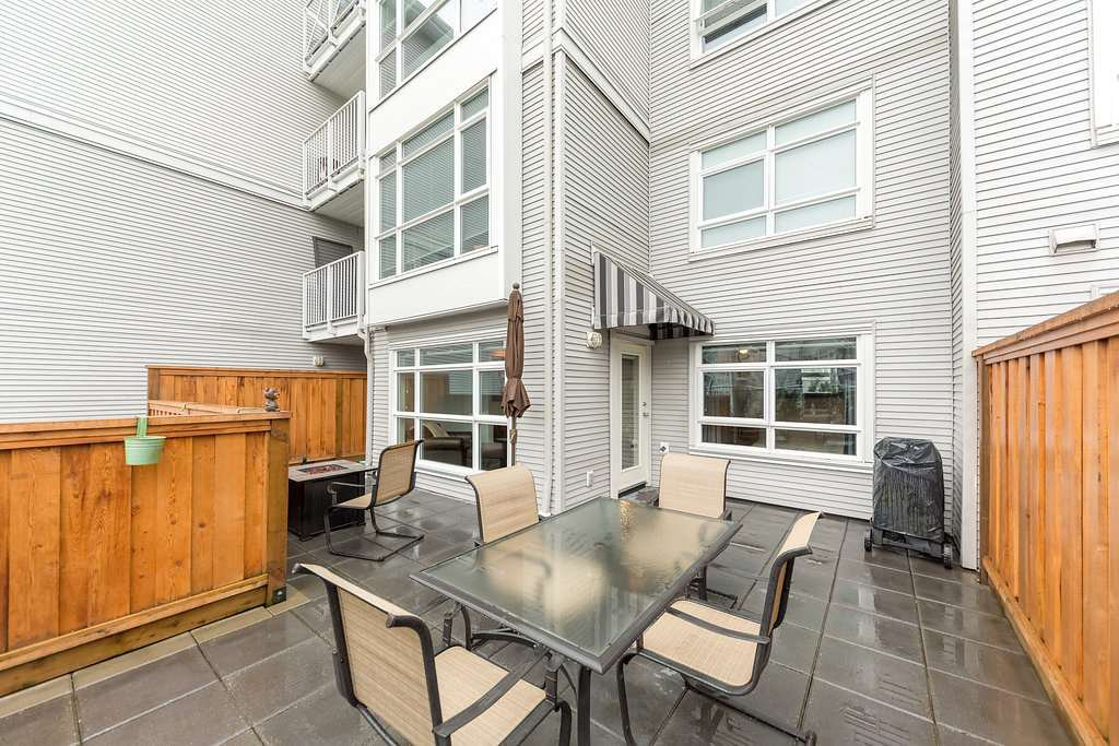 "Photo 4: Photos: 104 3122 ST JOHNS Street in Port Moody: Port Moody Centre Condo for sale in ""SONRISA"" : MLS®# R2252681"