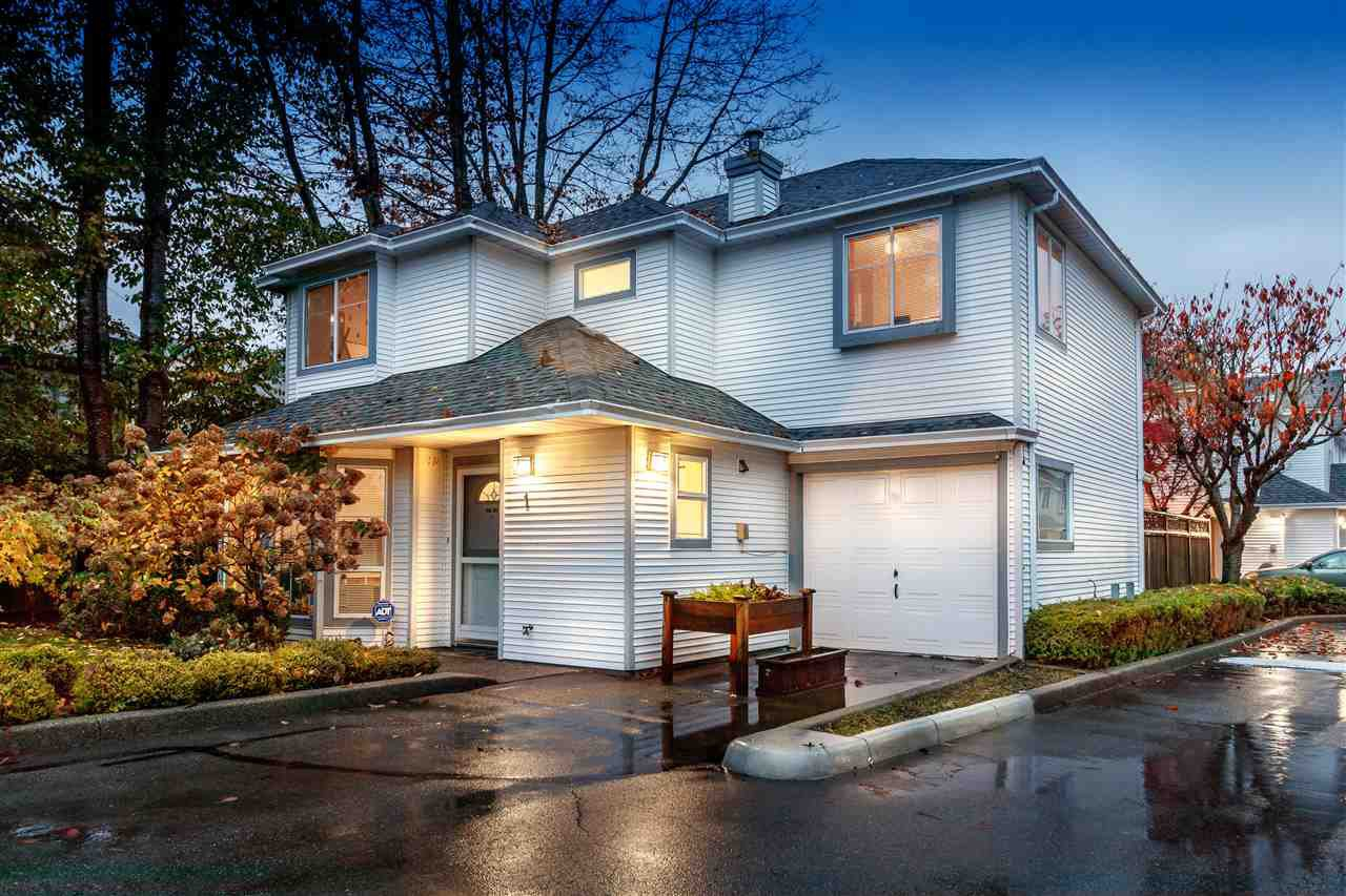 Main Photo: 1 18951 FORD Road in Pitt Meadows: Central Meadows Townhouse for sale : MLS®# R2336063
