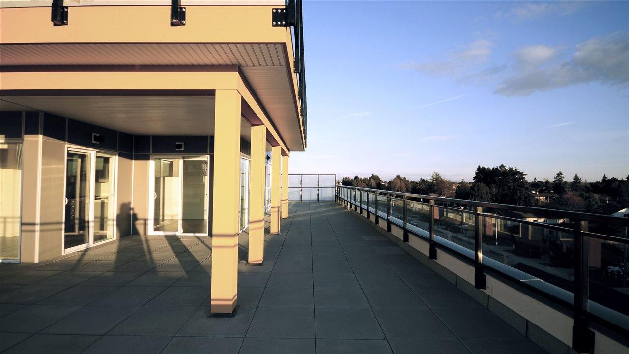 """Main Photo: 504 10177 RIVER Drive in Richmond: Bridgeport RI Condo for sale in """"PARC RIVIERA-MONACO"""" : MLS®# R2348973"""