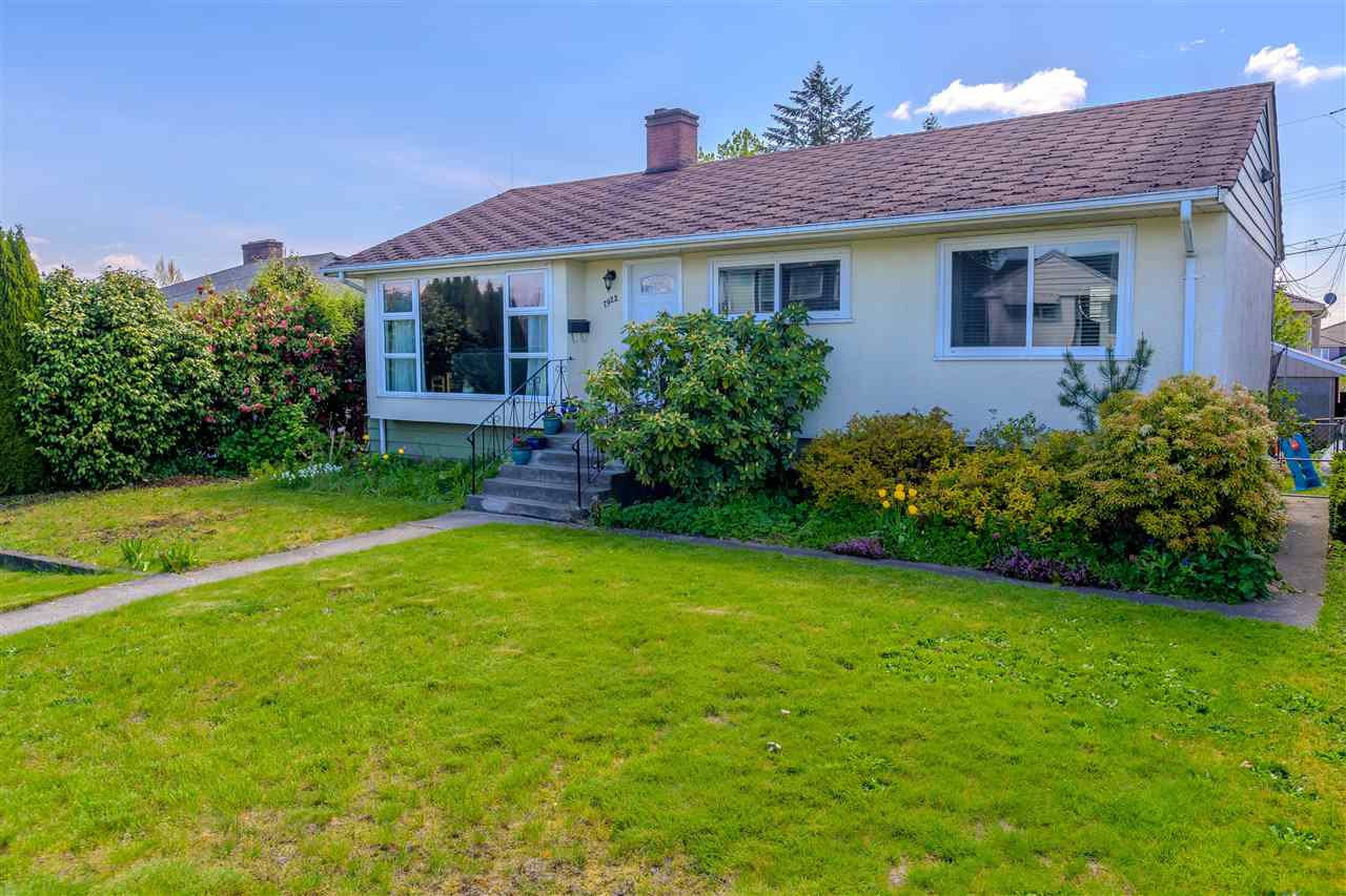 Main Photo: 7922 17TH Avenue in Burnaby: East Burnaby House for sale (Burnaby East)  : MLS®# R2366489