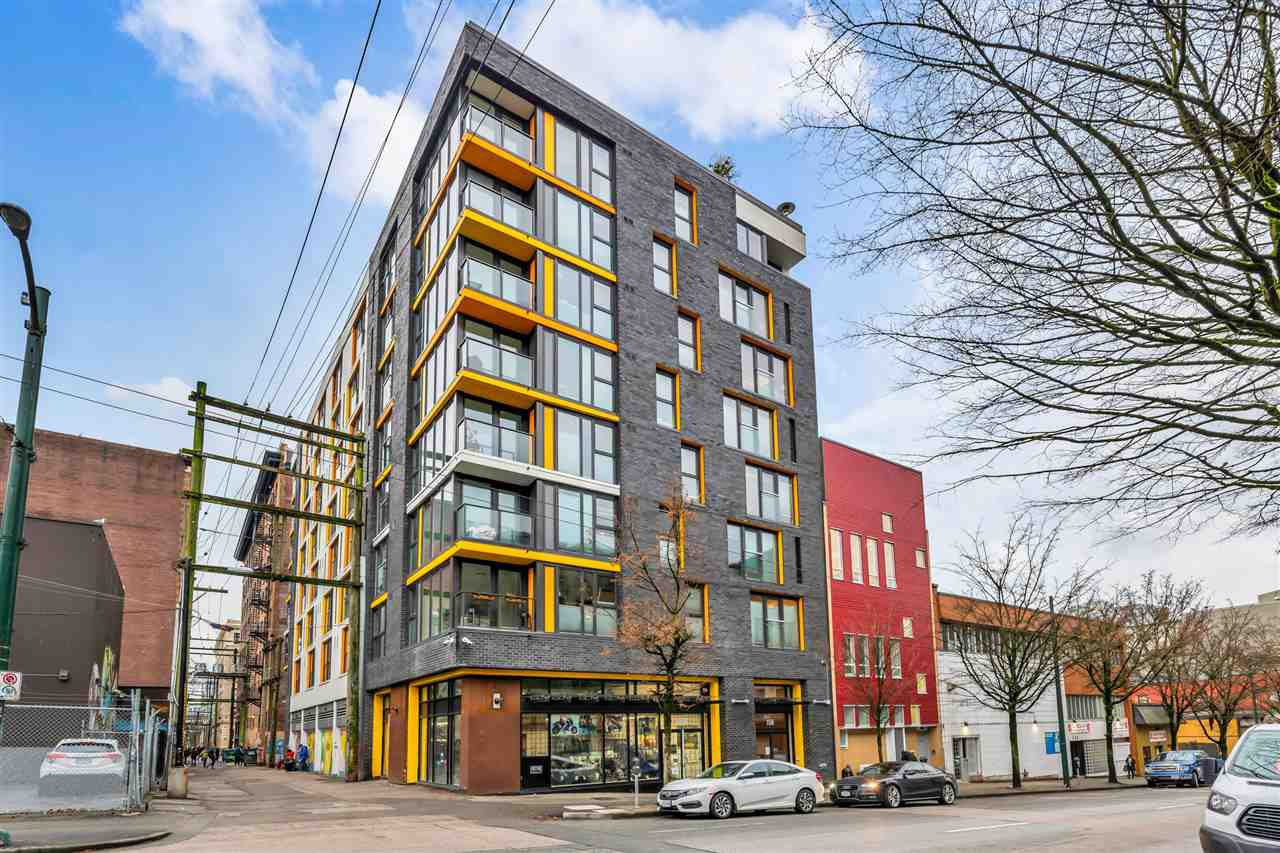 "Main Photo: 807 150 E CORDOVA Street in Vancouver: Downtown VE Condo for sale in ""INGASTOWN"" (Vancouver East)  : MLS®# R2423727"
