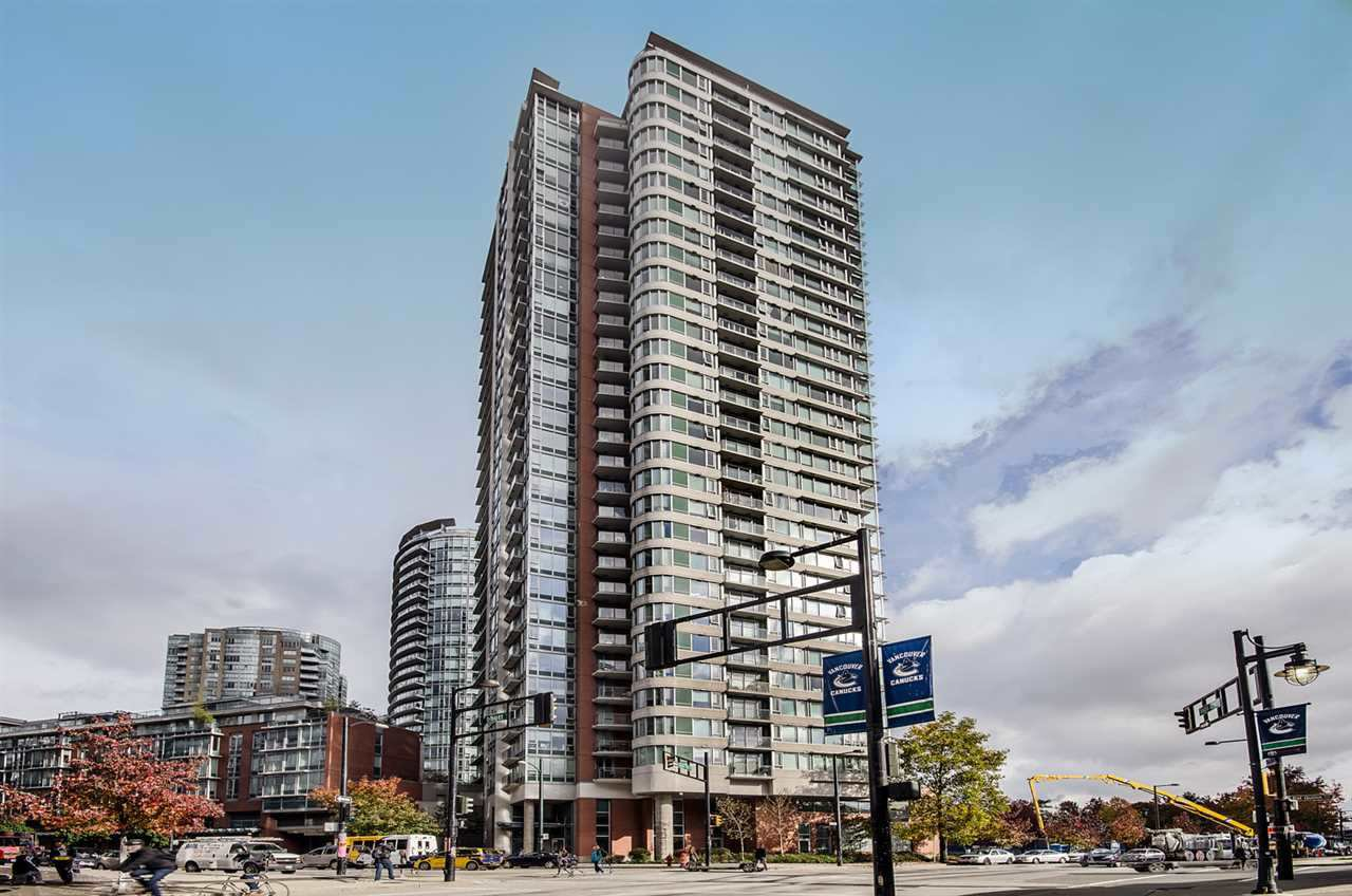 "Main Photo: 2506 688 ABBOTT Street in Vancouver: Downtown VW Condo for sale in ""THE FIRENZE II"" (Vancouver West)  : MLS®# R2427192"