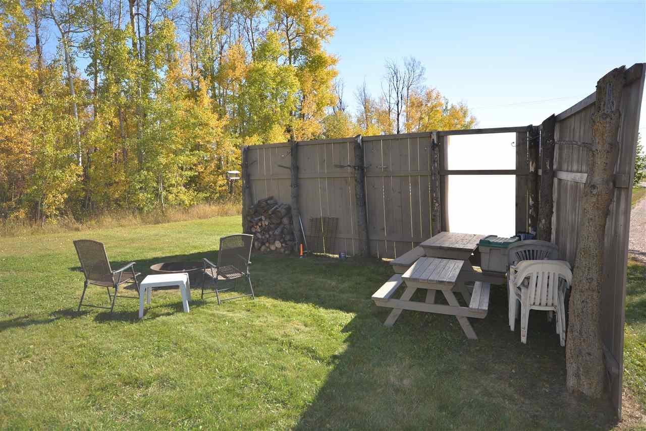 Photo 4: Photos: 6220 FOREST LAWN FRONT Road in Fort St. John: Fort St. John - Rural E 100th Manufactured Home for sale (Fort St. John (Zone 60))  : MLS®# R2459857