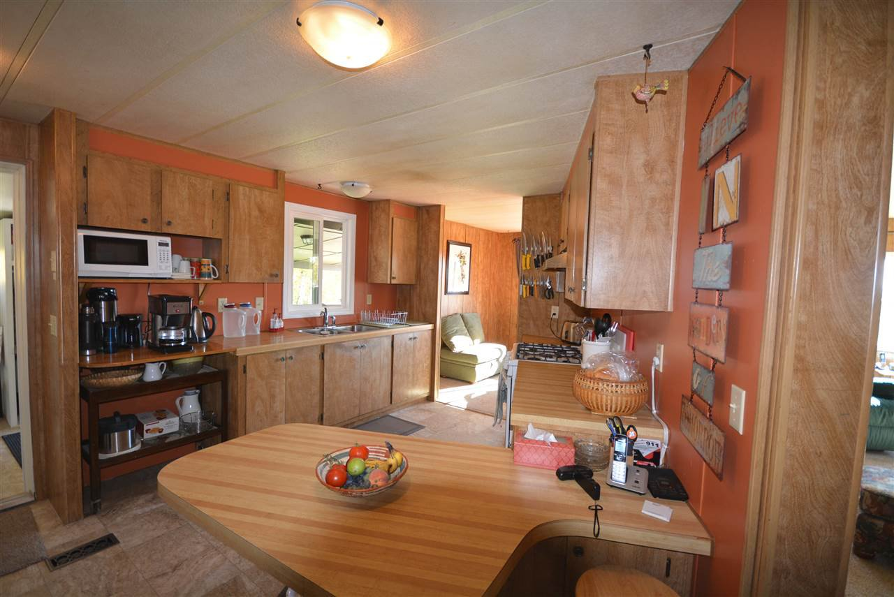 Photo 9: Photos: 6220 FOREST LAWN FRONT Road in Fort St. John: Fort St. John - Rural E 100th Manufactured Home for sale (Fort St. John (Zone 60))  : MLS®# R2459857