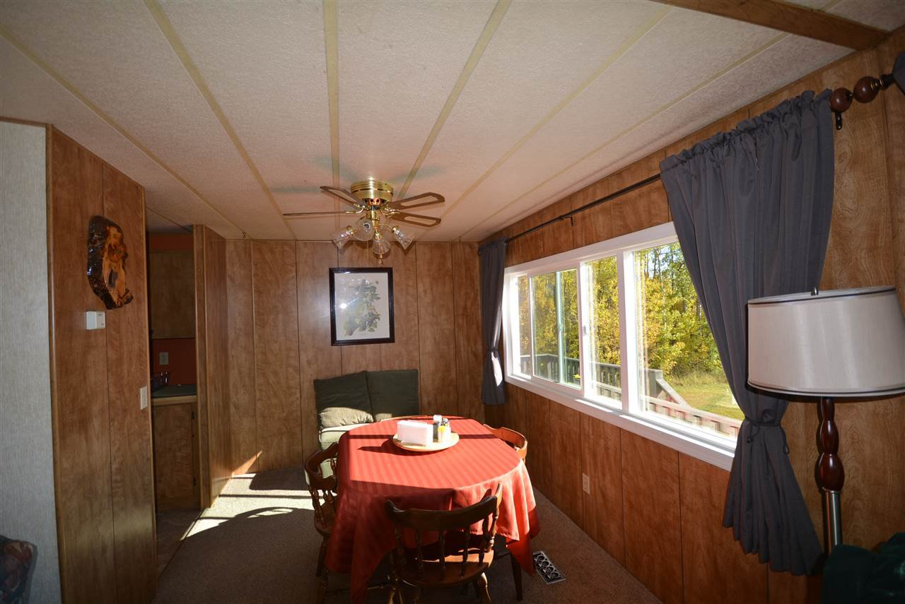 Photo 11: Photos: 6220 FOREST LAWN FRONT Road in Fort St. John: Fort St. John - Rural E 100th Manufactured Home for sale (Fort St. John (Zone 60))  : MLS®# R2459857