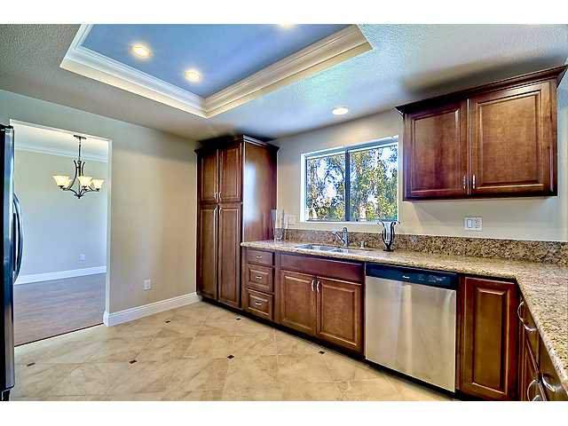 Photo 7: Photos: SCRIPPS RANCH House for sale : 4 bedrooms : 12040 Medoc in San Diego