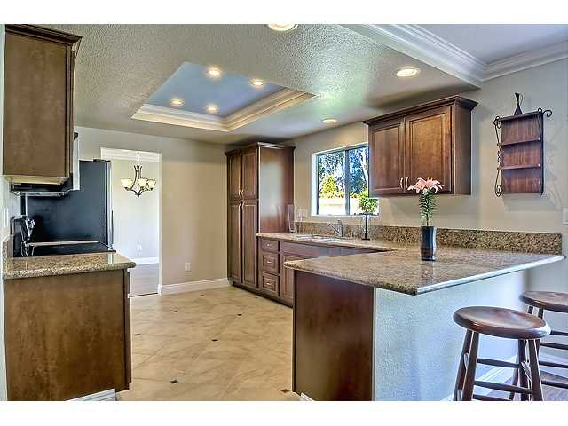 Photo 8: Photos: SCRIPPS RANCH House for sale : 4 bedrooms : 12040 Medoc in San Diego