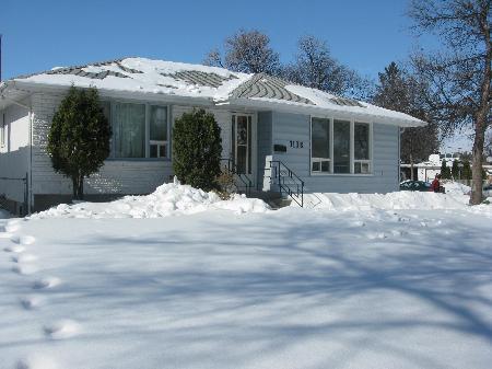 Main Photo: 1138 ROTHESAY ST in Winnipeg: Residential for sale (North Kildonan)  : MLS®# 1103917