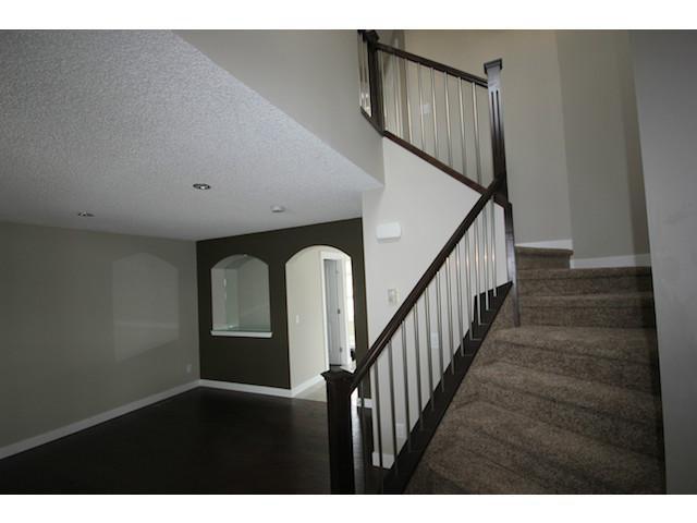 Main Photo: 35 CARMEL Close NE in CALGARY: Monterey Park Residential Detached Single Family for sale (Calgary)  : MLS®# C3597213