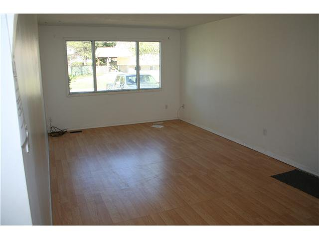 Photo 2: Photos: 2374 OLDS Street in Prince George: Pinewood House for sale (PG City West (Zone 71))  : MLS®# N235345