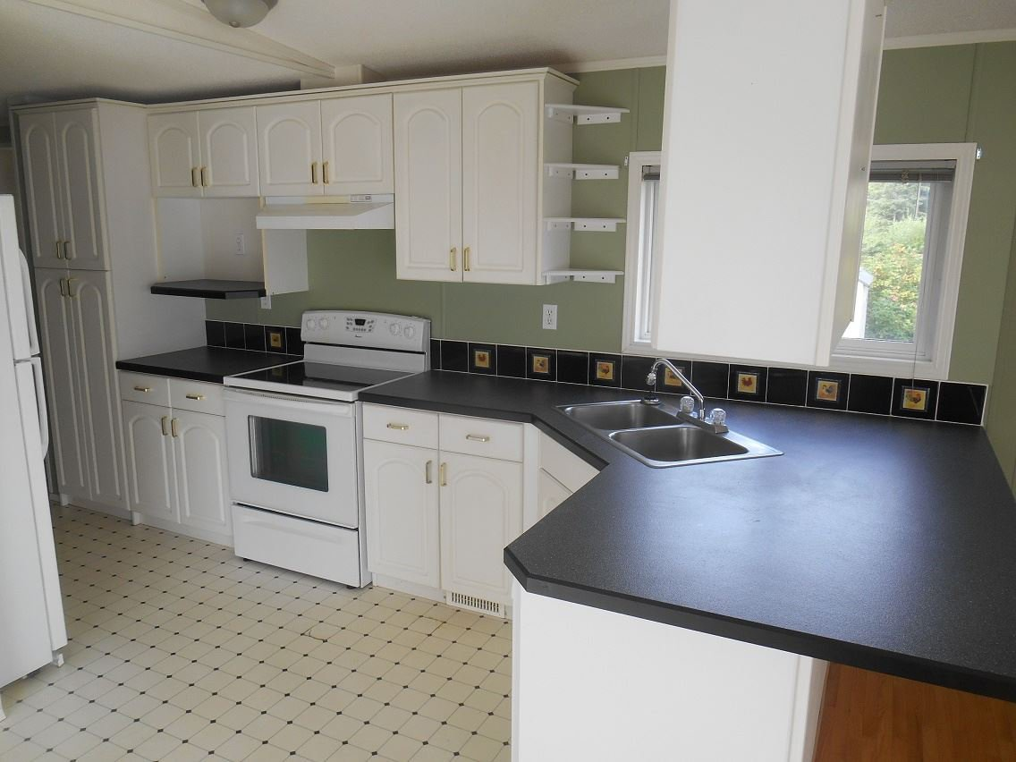 Photo 5: Photos: 2121 E MCLAREN Road in Prince George: North Blackburn Manufactured Home for sale (PG City South East (Zone 75))  : MLS®# R2104861