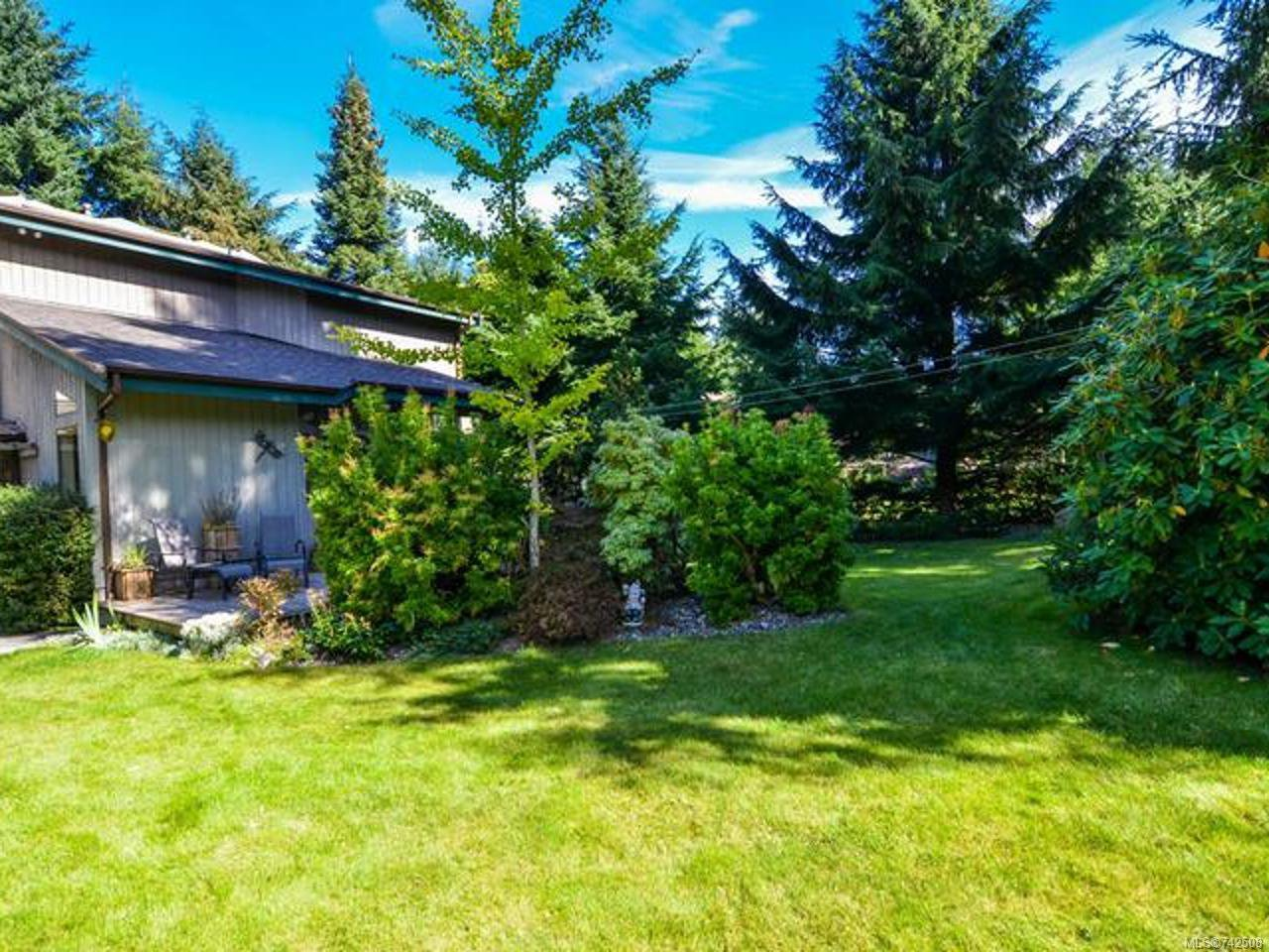 Main Photo: 211 FINCH ROAD in CAMPBELL RIVER: CR Campbell River South House for sale (Campbell River)  : MLS®# 742508