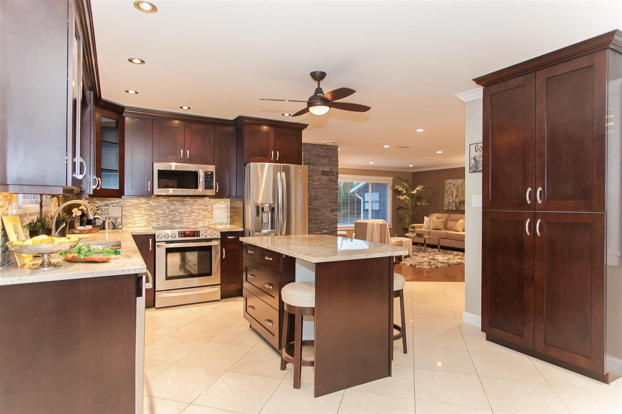 Photo 9: Photos: 5110 214 Street in Langley: Murrayville House for sale : MLS®# R2126801