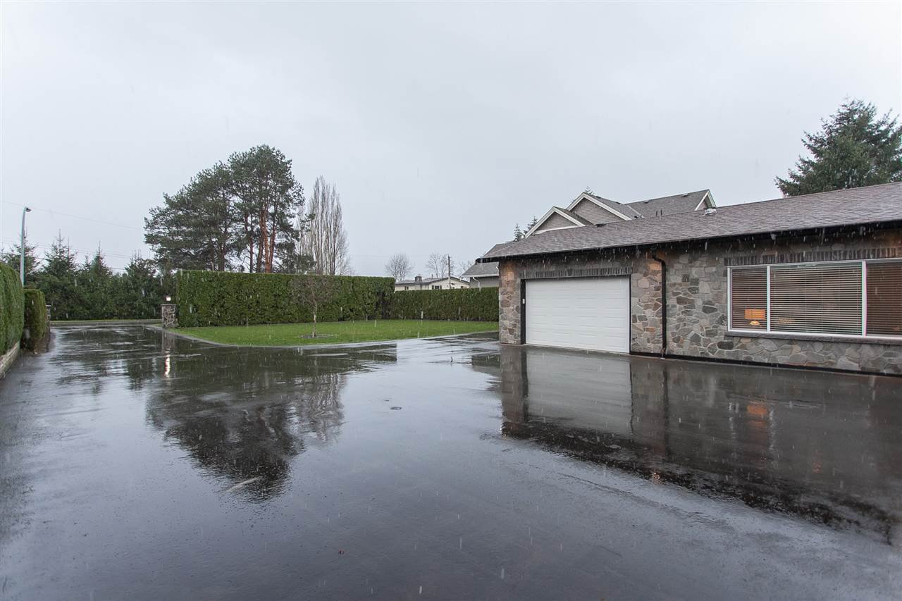 Photo 2: Photos: 5110 214 Street in Langley: Murrayville House for sale : MLS®# R2126801