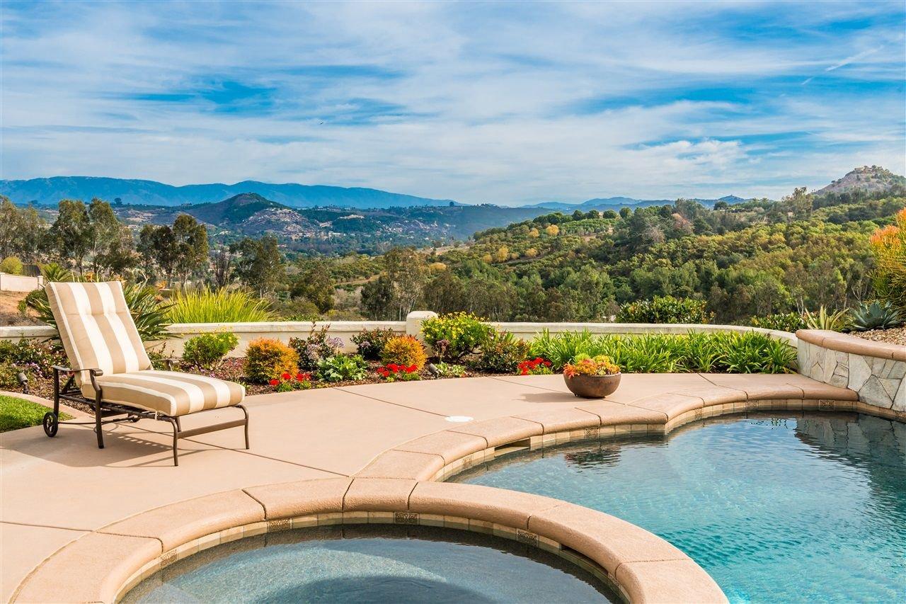Main Photo: BONSALL House for sale : 4 bedrooms : 31312 Lake Vista Terrace