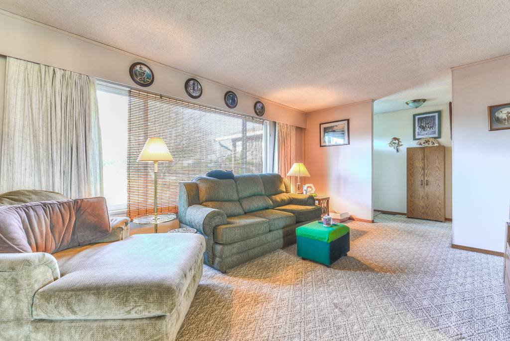 Photo 18: Photos: 9498 127A Street in Surrey: Queen Mary Park Surrey House for sale : MLS®# R2233780