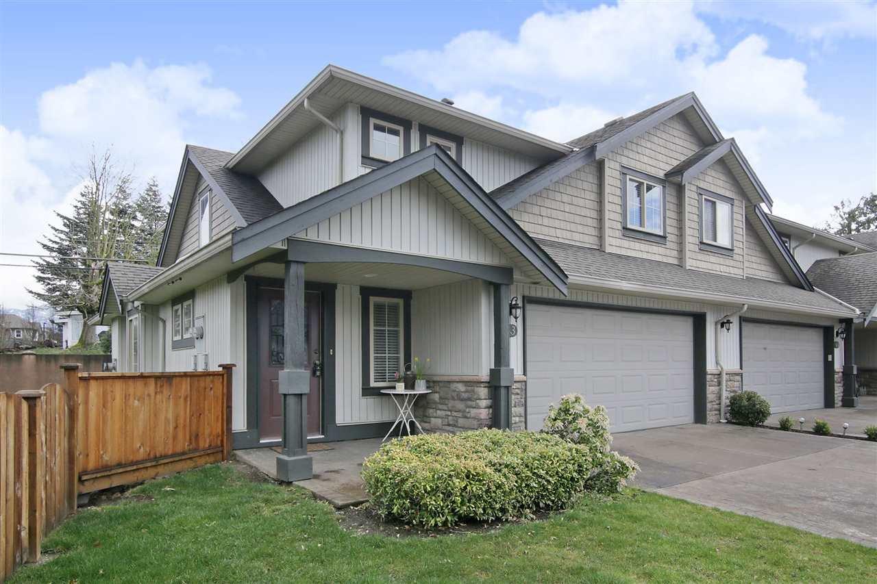 "Main Photo: 63 6449 BLACKWOOD Lane in Sardis: Sardis West Vedder Rd Townhouse for sale in ""Cedar Park"" : MLS®# R2352693"