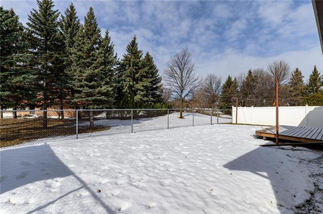 Photo 20: Photos: 10 McNulty Crescent in Winnipeg: Bright Oaks Residential for sale (2C)  : MLS®# 1906974